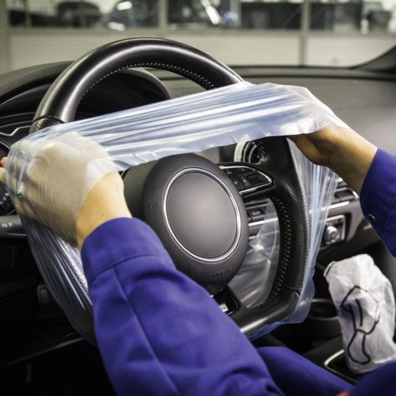 Lenkradschutz auf der Compactrolle